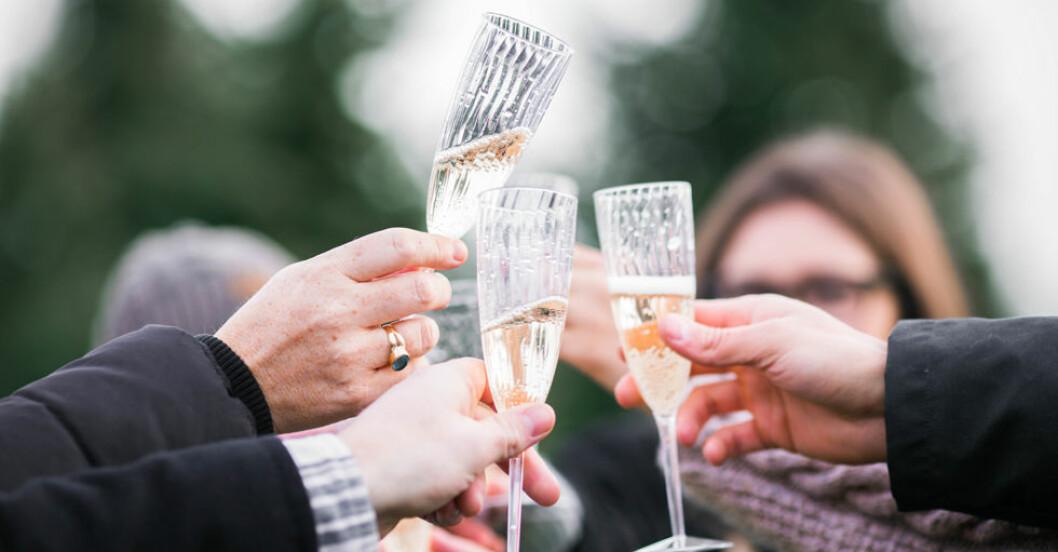Hur mycket alkohol kan man dricka? Helst ingen alls, enligt forskarna.