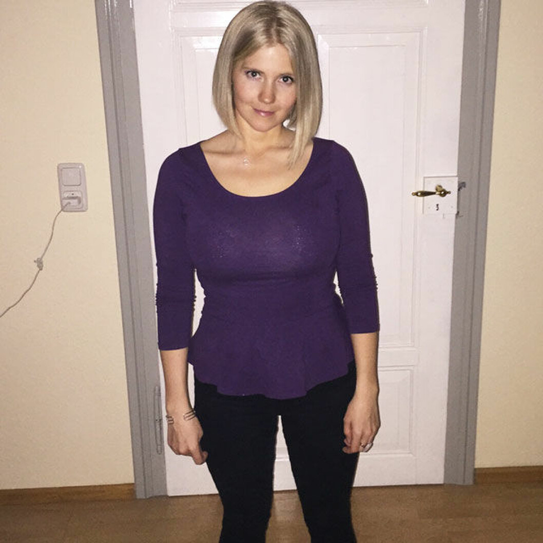 Efter att ha minskat portionerna och minskat på intaget av bakelser gick Emelie ner till 64 kg, och när hon slutade helt med socker tappade hon ytterligare 7 kilo på 7 veckor, ner till 57 kg.