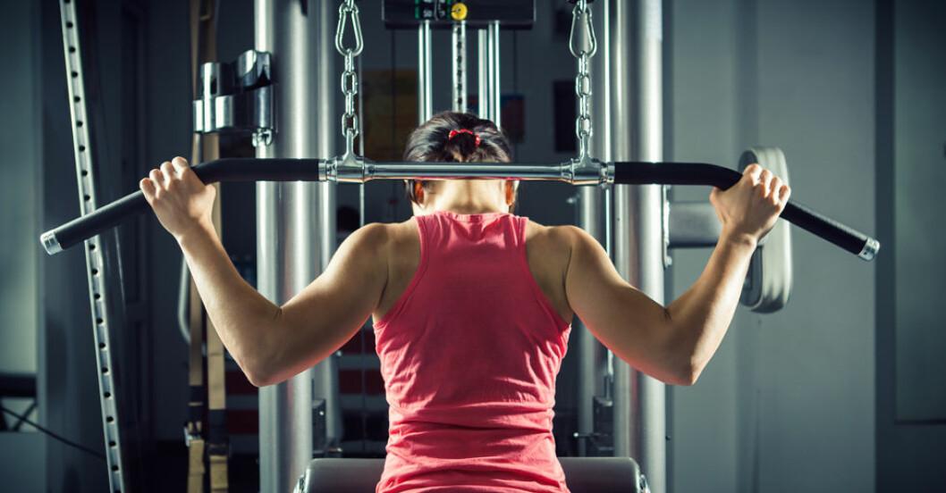 Anpassad styrketräning kan göra livet lättare för kvinnor med fibromyalgi.