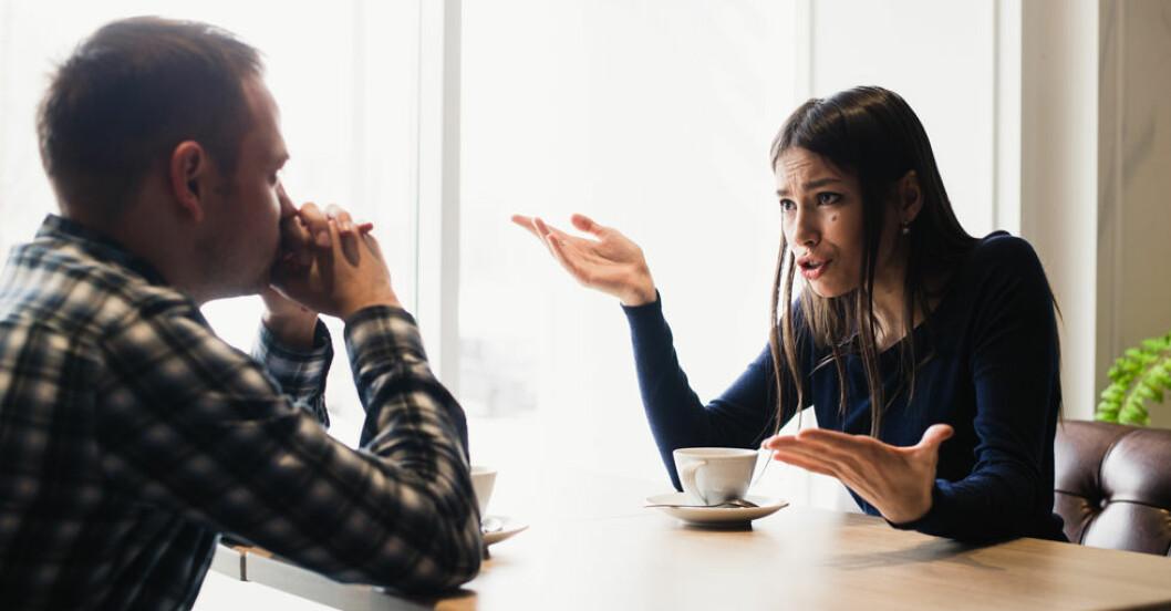 Det kan vara frustrerande med en man som inte pratar – men det är inte enbart hans fel.