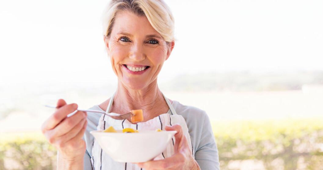 Vad du äter kan påverka när du kommer i klimakteriet.