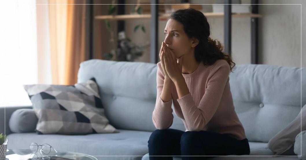 Kvinna ensam efter giftig relation.