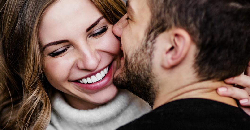 Så viktigt är det för par att skratta ihop