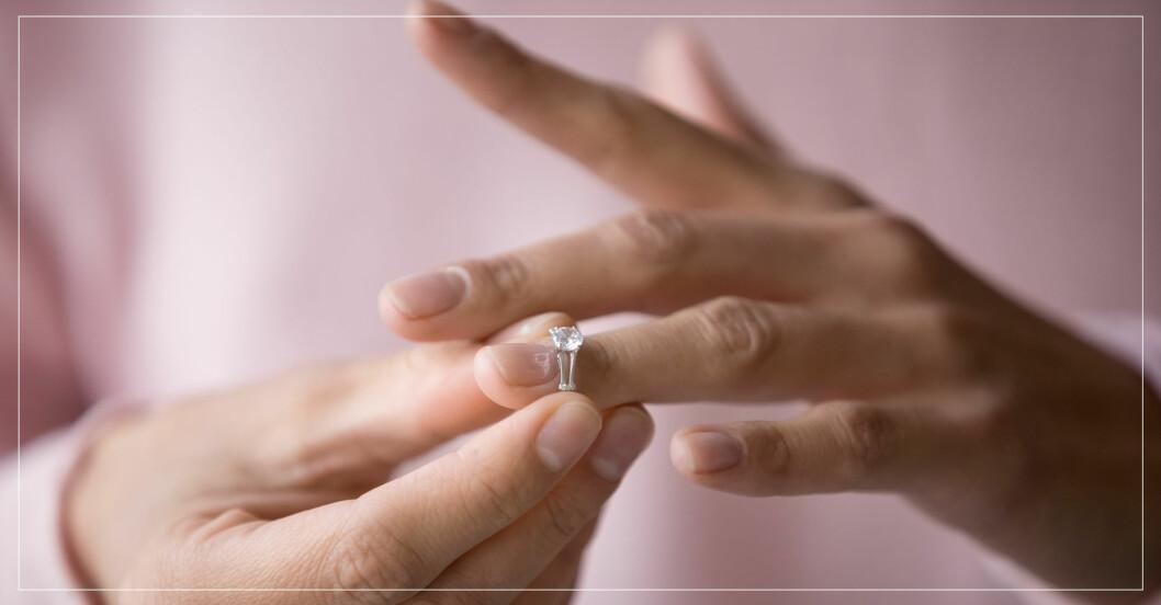 orsaker till att vi skiljer oss – kvinna tar av sig ring