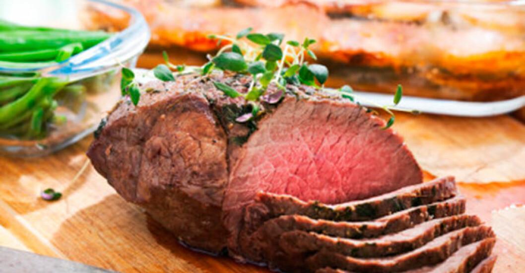 Påskens bästa recept på lammstek med parmesanpotatis.