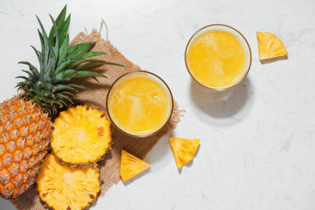 Fräsch drink med ananas-bas.