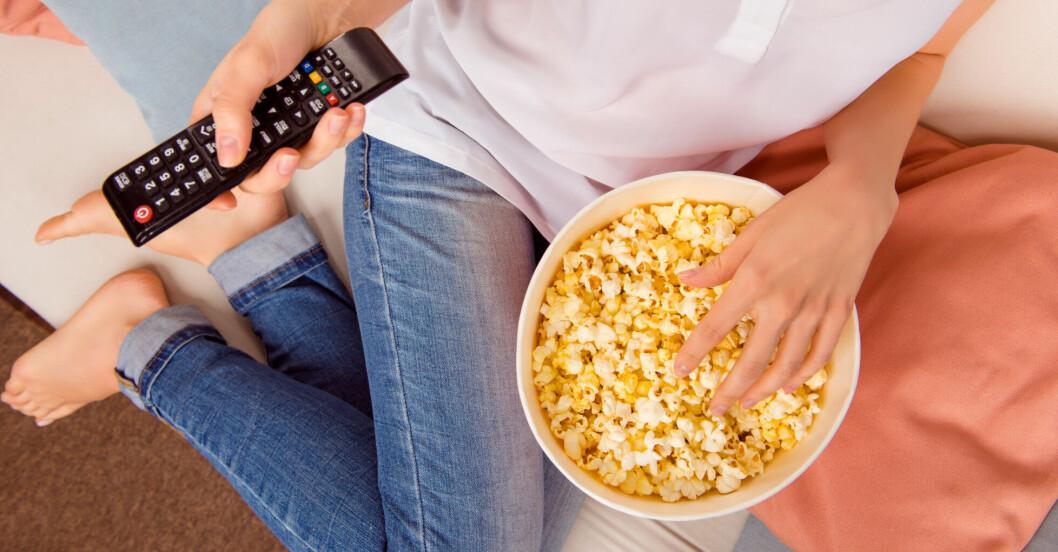 Att sitta i soffan är sämre för hälsan än att sitta på jobbet
