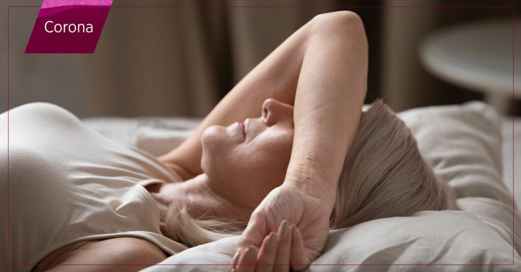 Kvinna som har problem att somna